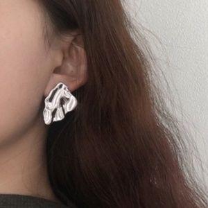 Zara Minimalist silver color triangle earrings